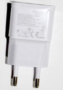 Вилка-зарядка USB. Фото 3